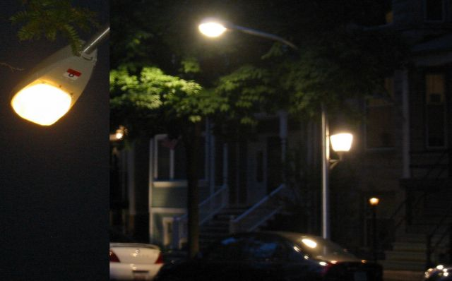 Lighting gallery net street lightsoutdoorchicago cmh ceramic metal halide streetlight on george st in chicago at night i also have a daytime shot these use 90w philips cosmopolis cosmowhite lamps mozeypictures Image collections