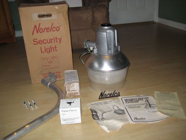 lighting gallery net my nema and yard light collection 1982 norelco 175w me. Black Bedroom Furniture Sets. Home Design Ideas